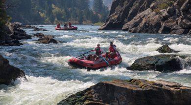 rafting-883523_1280